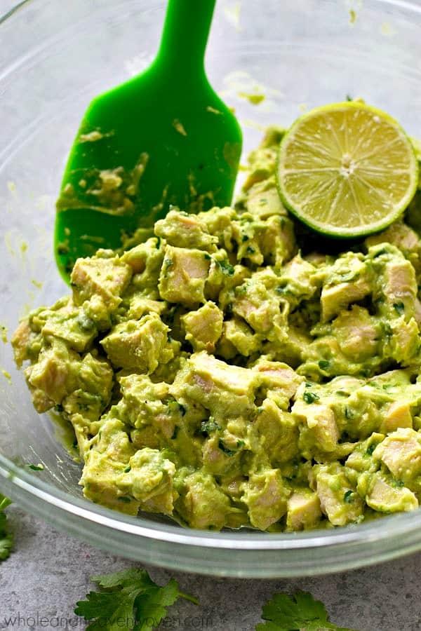 Easy-Avocado-Chicken-Salad-Lettuce-Wraps