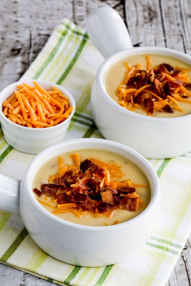 Cheesy Cauliflower Soup